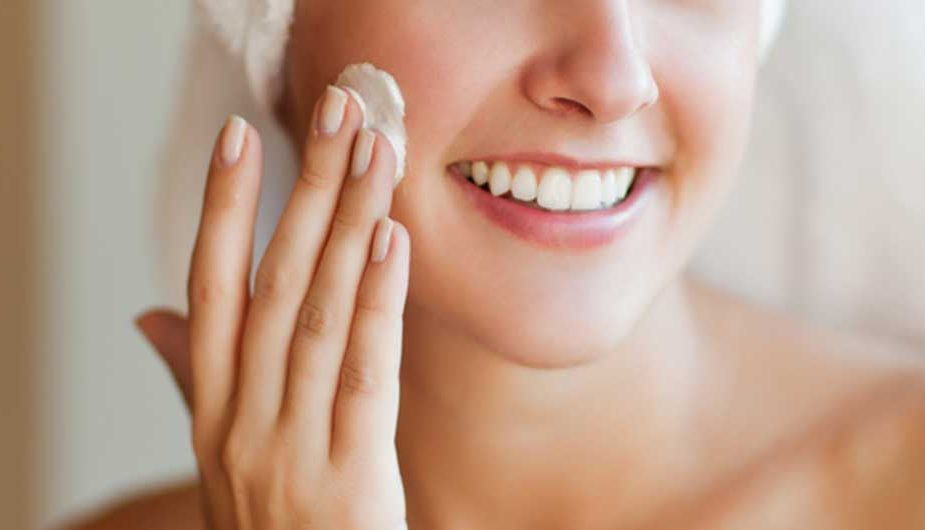Dry Skin Moisturizers for Different Purposes