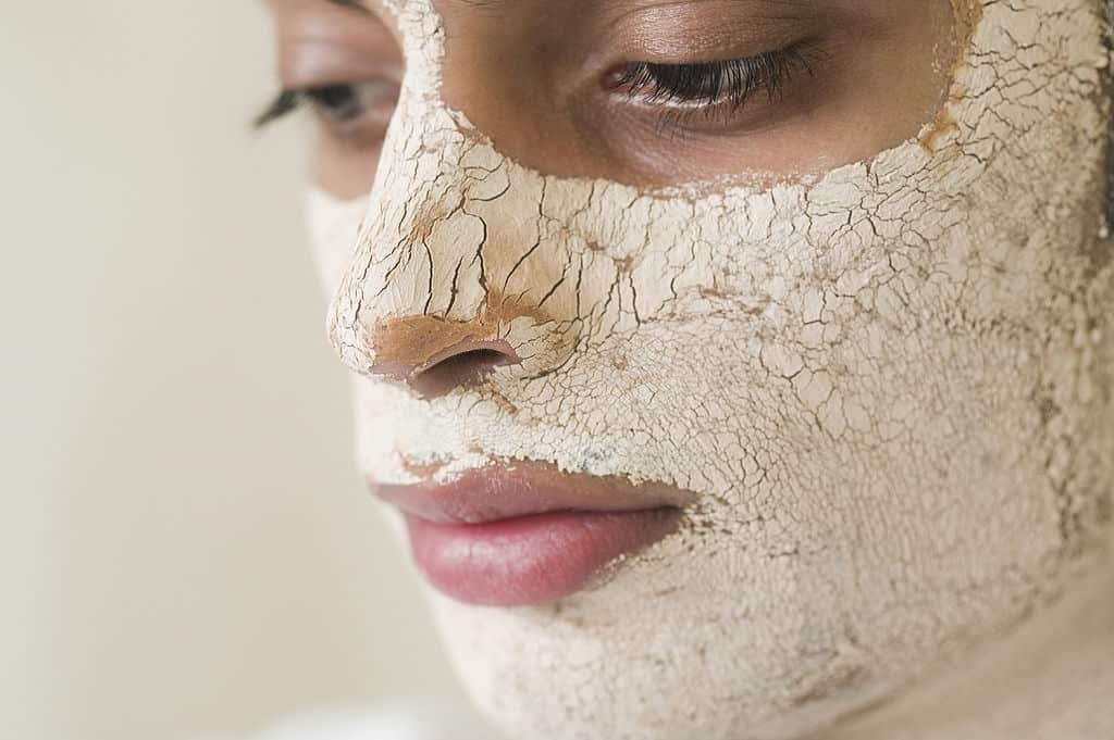 How to Deal with Dry Facial Skin